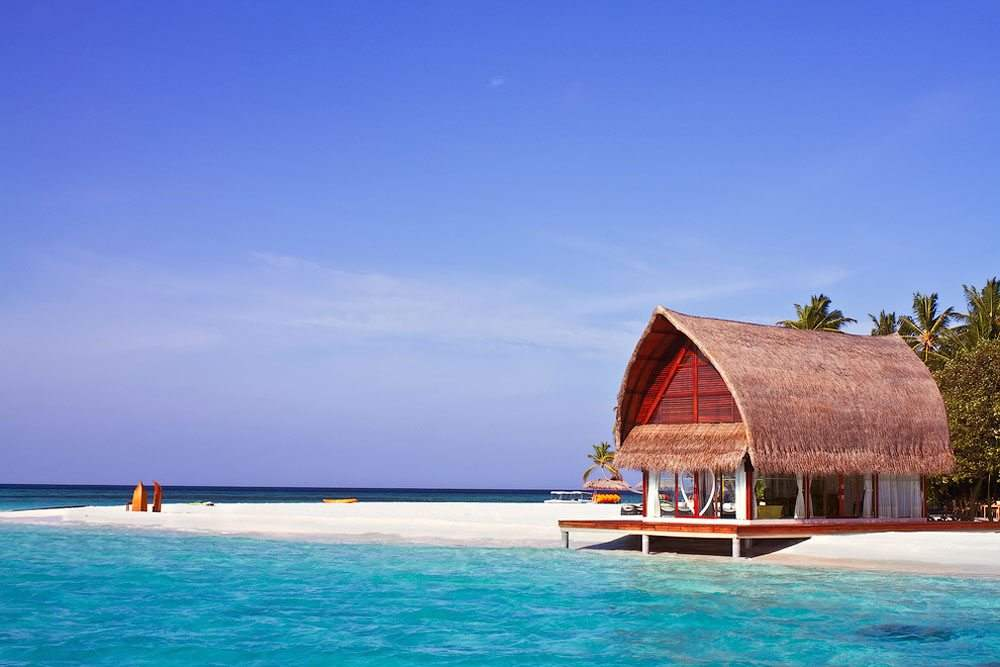 Для тех, кому нравится солнце и океан - уединенный домик на Мальдивах