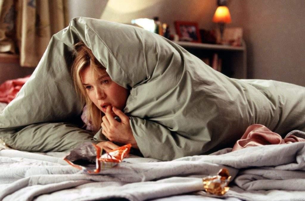 Что будет если залезть к парню под одеяло 12 фотография