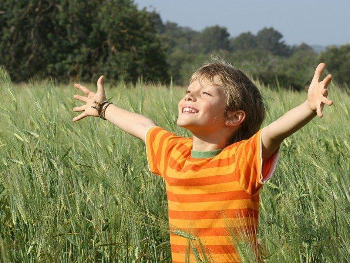 Папа не помогал сыну, из-за чего над мальчиком все смеялись. Но его молитва задела глубинные струны моей души!