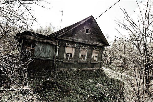 Это ужас, с чем приходится врачам сталкиваться в заброшенных домах