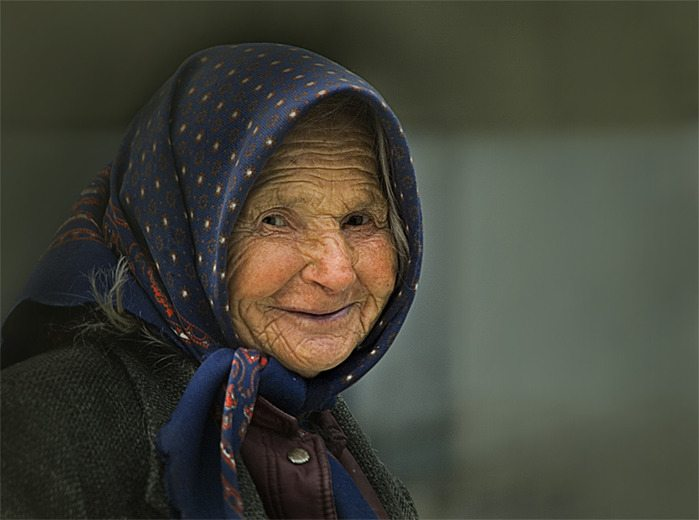 Старушка на вокзале