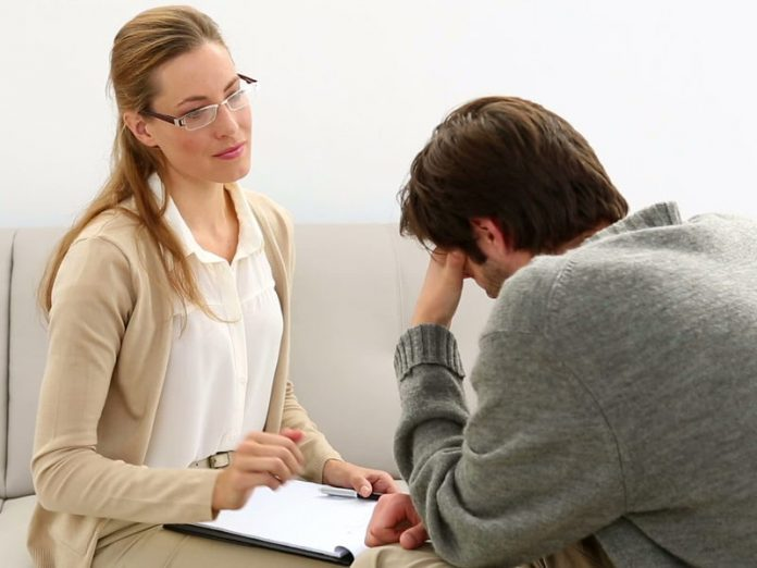 Приходит пациент к психотерапевту: