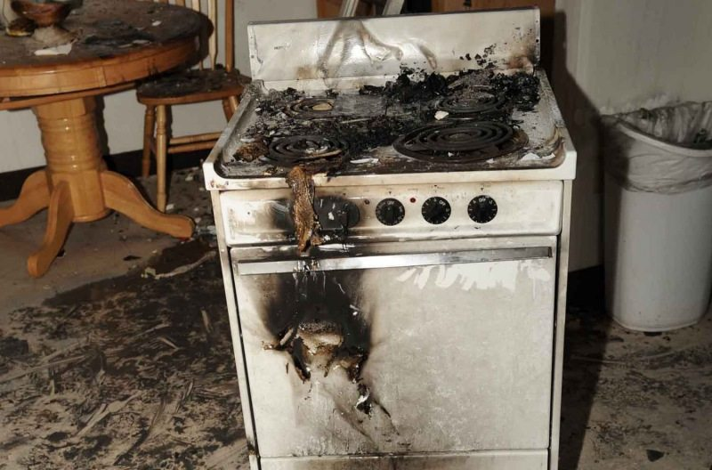 Мама, привет у нас дома все сгорело!