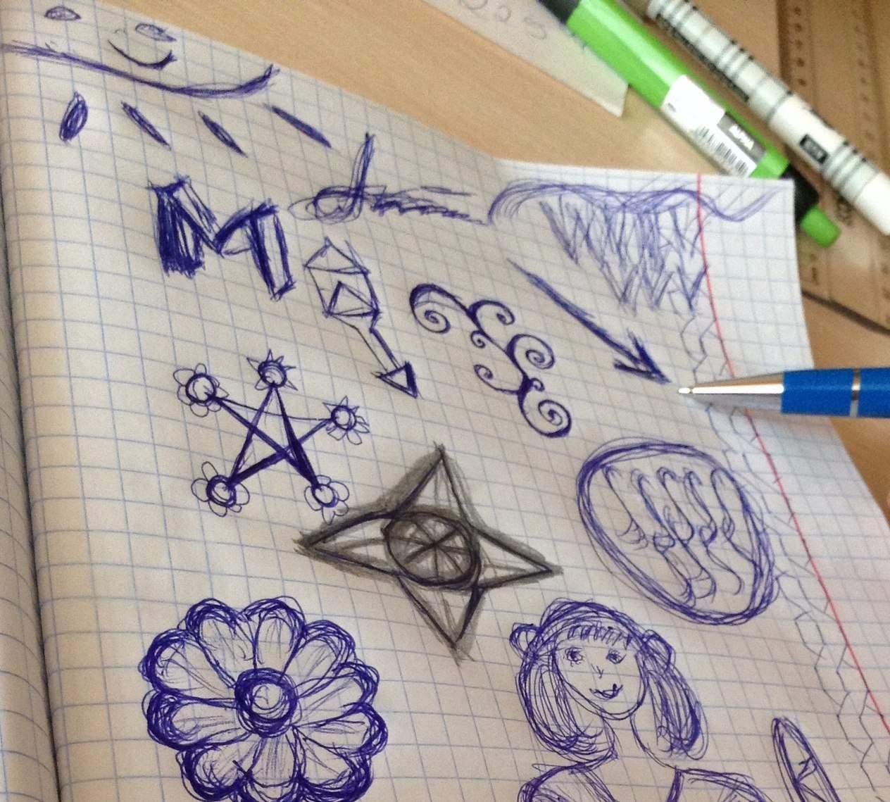 Неосознанные рисунки в черновике: что они означают?