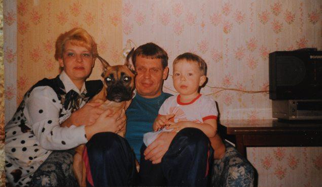 Однажды его маму разбил паралич... То, что сделал ее 8-летний сын просто невероятно!