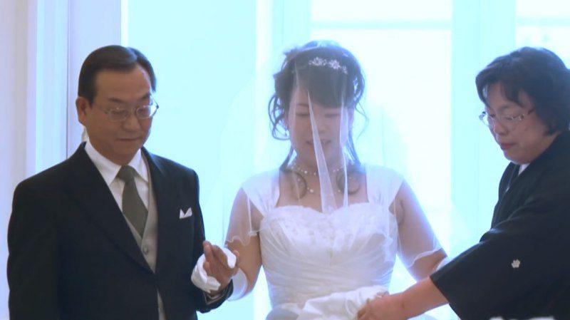 8 лет назад он узнал, что не может жениться на женщине своей жизни. Вся страна плакала от того, что он сделал