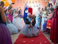 Это был последний день рождения их дочери  и поэтому они задумали кое-что необычное