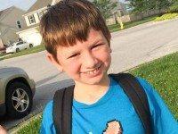 Он пришел из школы весь в слезах. Когда мама узнала причину, то вмиг поделилась этим письмом!
