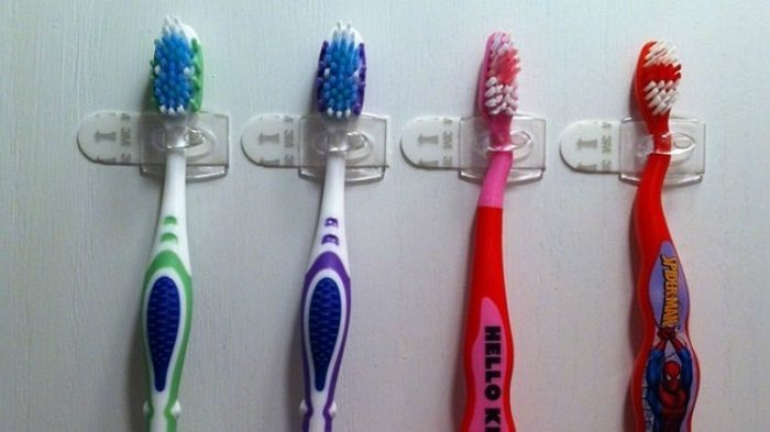 Кто бы мог подумать, что обычные пластиковые крючки настолько универсальны! 25 несравненных идей.