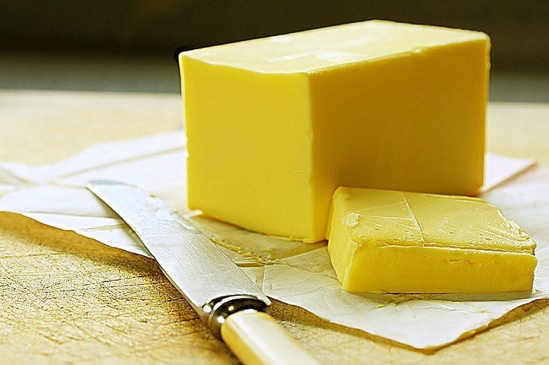 """Черный список фирм-«фантомов», делающих 100% фальсификаты """"сливочного масла""""из пальмового. Как проверить качество сливочного масла в домашних условиях"""
