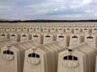 Мало кто знает, ЧТО скрывается в этих коробках. От правды слёзы наворачиваются на глаза...