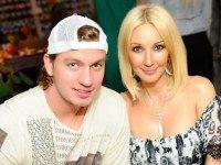 Девушки, которые смогли покорить сердца российских хоккеистов. На их месте хотят быть многие...
