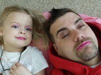 15 заботливых папочек, которые души не чают в своих маленьких дочурках.