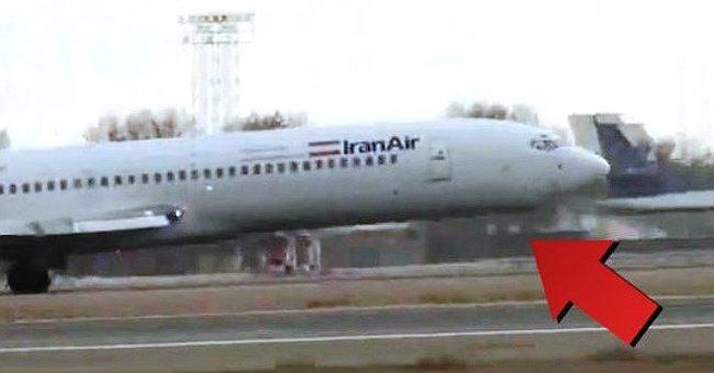 У самолета, идущего на посадку, не раскрылось переднее шасси. А пилот сделал невероятное!