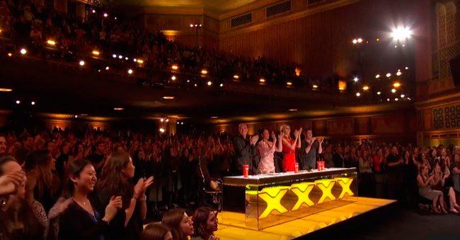 13-летняя оперная певица заставила жюри аплодировать стоя. Феноменальный талант!