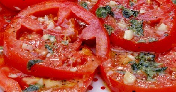 Маринованные помидоры по-итальянски за 30 минут. Рецепт, который стоит сохранить!