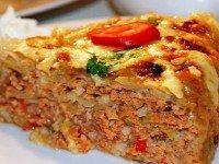 Больше не вожусь с голубцами: сытный капустный пирог гораздо проще и вкуснее.