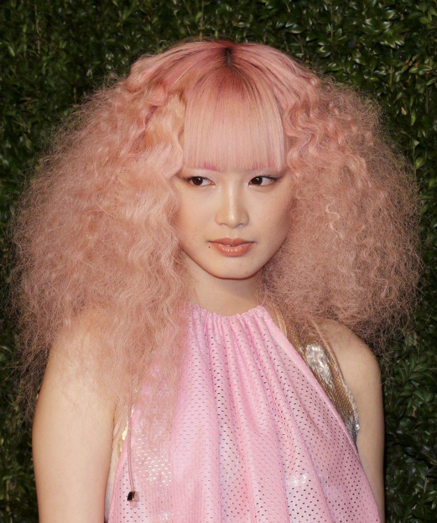 9 трюков с волосами, которые стоит позаимствовать у моделей