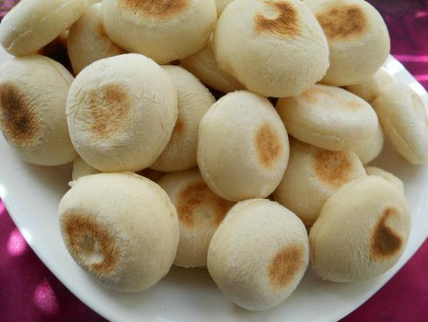 Мини-булочки на сухой сковороде: воздушные внутри, превосходная основа для бутербродов!