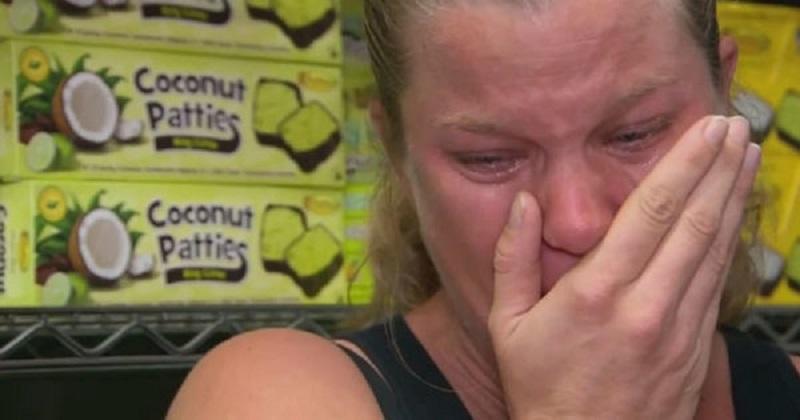 Беременная вкалывала на 2 работах, чтобы прокормить семью. Вдруг шеф позвал ее на серьезный разговор...
