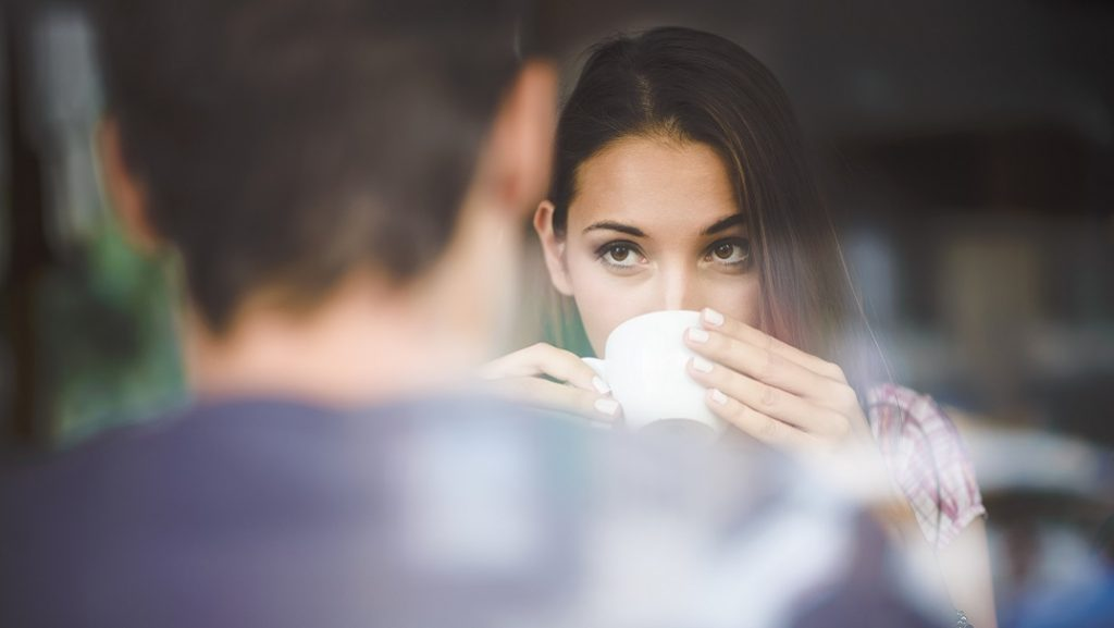7 вопросов, которые помогут начать разговор с любым человеком