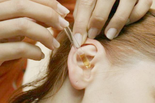 Серные пробки в ушах удалить совсем несложно. Этот рецепт самый безопасный!