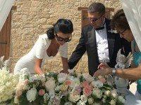 Российский адвокат-миллионер женился в 13-й раз — повторно на своей 11-й жене