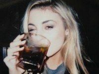 Если вы женщина и пьете виски, вот что вам надо знать!