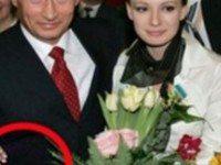 Владимир Путин поведал об успехах дочерей