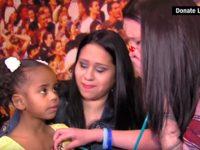 Сын этой женщины умер 3 года назад, а потом она встретила девочку с его сердцем. Это какое-то чудо…