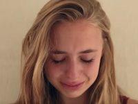 16-летняя девушка была поражена, узнав, что папа делал с первых дней ее жизни. Так трогательно!