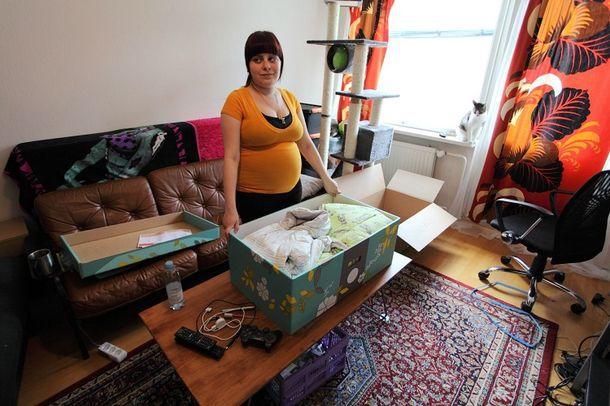В Финляндии всем беременным женщинам государство дарит коробку! Это просто гениально