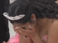 Ее брат погиб в автокатастрофе. Спустя 10 лет мама и папа делятся секретом в день ее рождения
