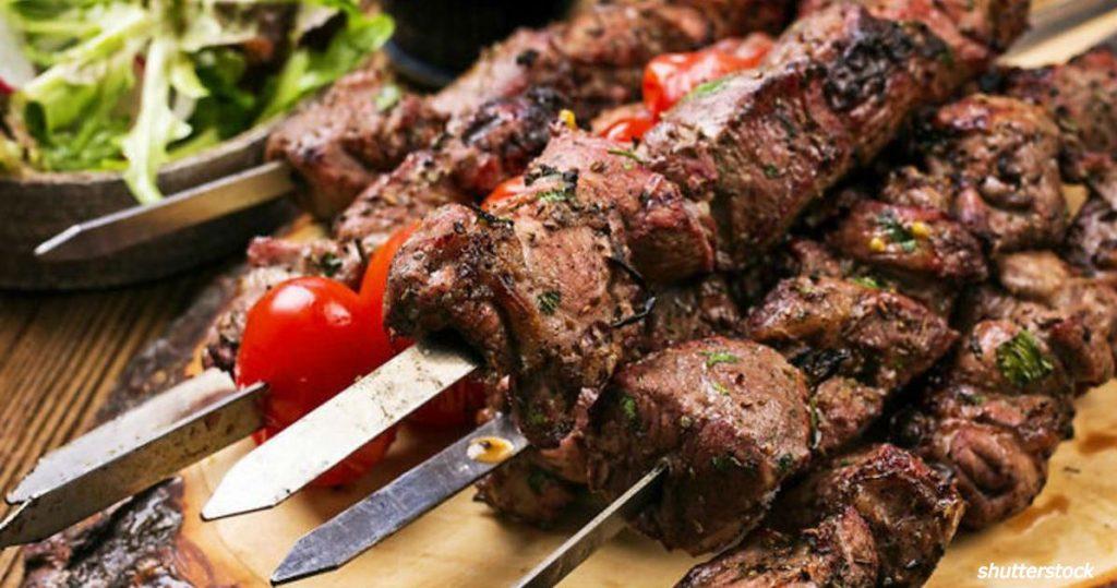Жареное мясо продлевает жизнь, выяснили швейцарские врачи!