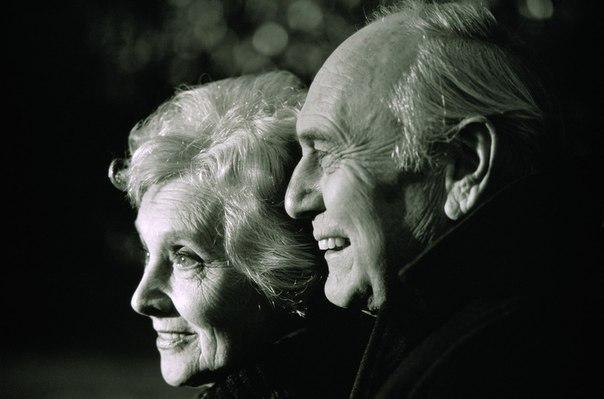 Муж и жена прожили вместе 60лет.
