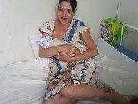 В ночь с 1 на 2 сентября 30-летней жительнице Челябинска Ольге Подрядовой пришлось рожать прямо