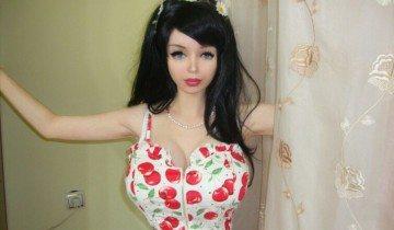 Лолита Ричи — живая кукла из России