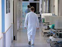 14-летняя сибирячка умерла, так и не попав на прием к врачу: не было талончиков