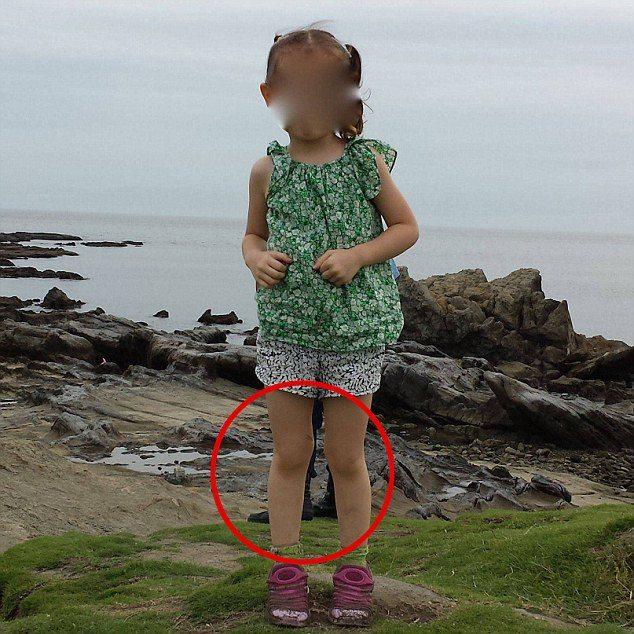 Папа сделал фото малышки. Увидев ее, он понял, кто на самом деле стоял за его дочерью