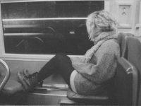 Она сидела у окна,  А он вошел в ее вагон.