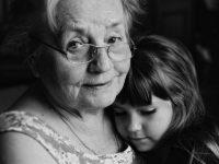 Я поняла про бабушек…