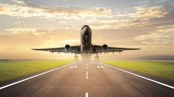 Однажды группу профессоров-инженеров пригласили полетать на самолёте.