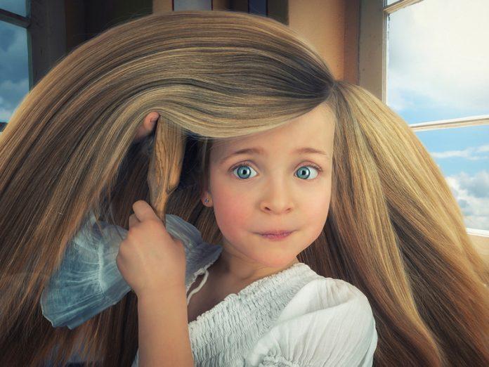 Когда я была маленькая, у меня были очень длинные волосы