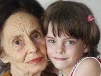 Эта 76-летняя старушка 9 лет назад родила своего первого ребенка!