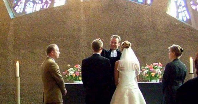Новая жена отца пыталась испортить свадьбу его дочери, но у мамы невесты был идеальный план, чтобы остановить ее!