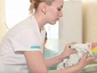 25-летняя беременная ощутила в животе странные толчки. С такой ситуацией врачи еще не сталкивались!
