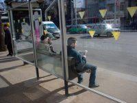 Случай, произошедший на автобусной остановке точно стоит прочесть!