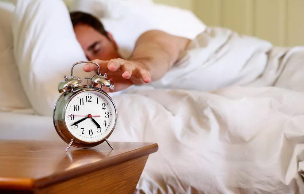 Развелся с женой из-за будильника