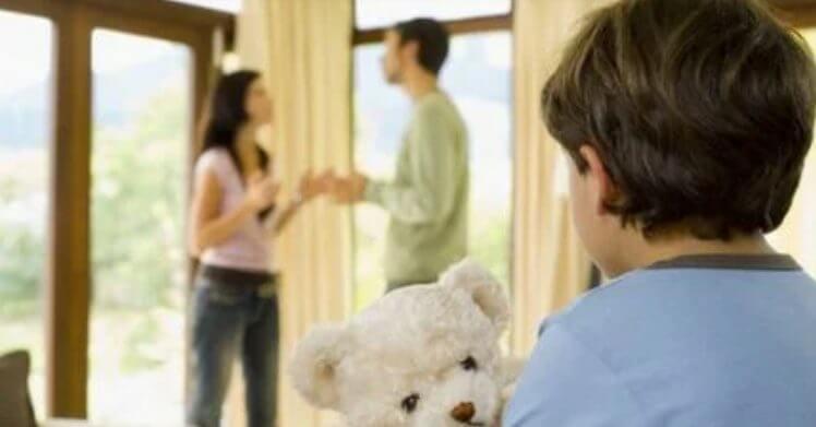 """""""Папа, мне уходить к маме?"""" """"Да, сынок, здесь будет жить моя новая жена"""""""